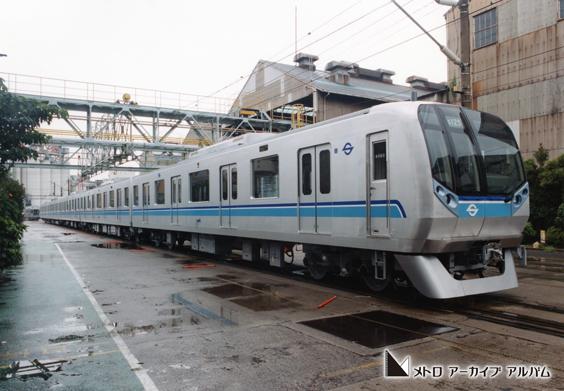 東西線新造05N系車両