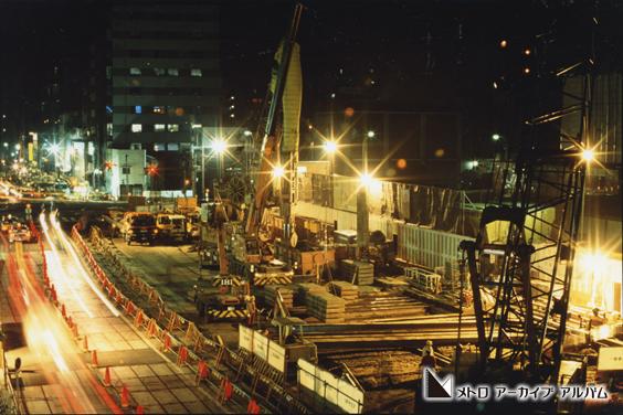後楽園駅付近の夜間工事