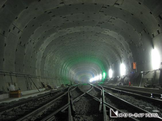 楕円形シールドトンネル