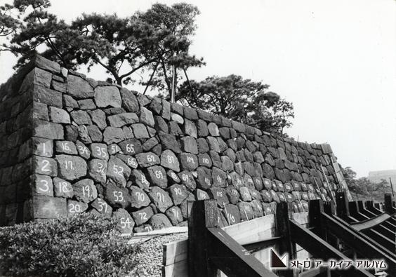 皇居内濠の石垣防護