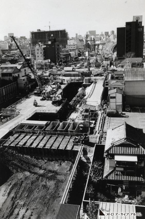 月島駅付近の工事