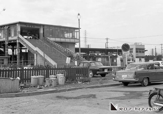 西船橋駅外景