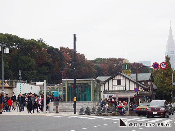 明治神宮前(原宿)駅出入口
